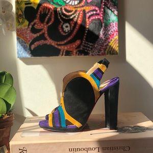 ⚡️send an offer⚡️louboutin color block Sandals